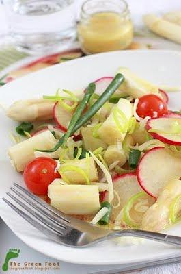 Salata de sparanghel si ridichi