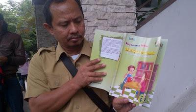Buku Porno Anak SD