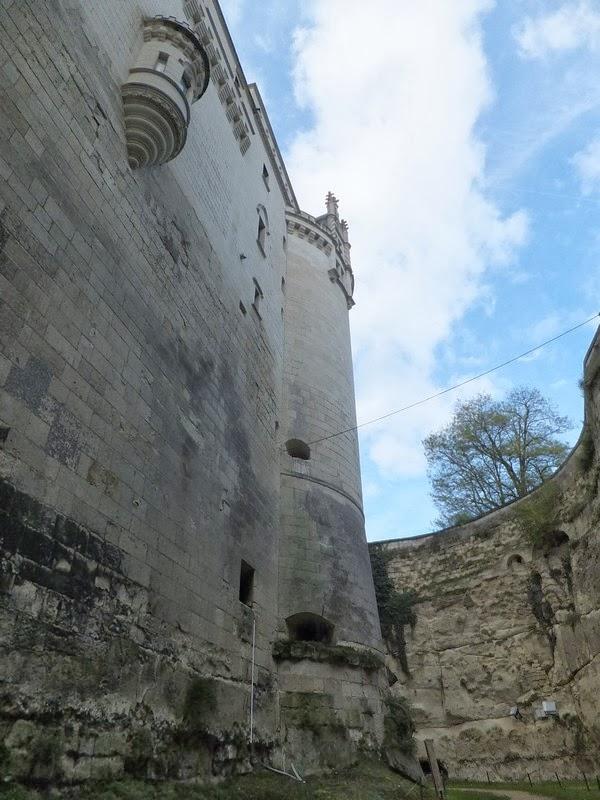 brézé château troglodyte