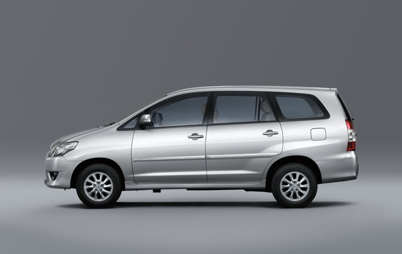 Car News Test Drives And Prices Toyota Launches Innova
