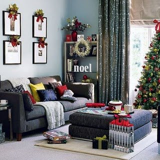 Living Room Christmas 2011-3