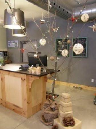 Rboles de navidad con ramas secas 10 ideas - Ramas de arbol para decoracion ...
