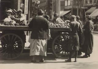 Jewish market day, Kensington Avenue, Toronto, Canada, 1924 (Toronto Public Library)