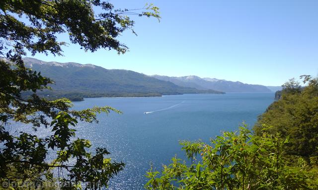 Villa la Angostura, Nahuel Huapi,lancha,lago