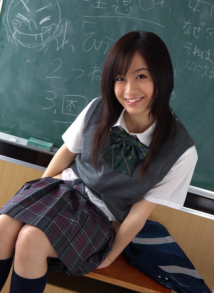 hikari yamaguchi sexy school girl cosplay photos 05