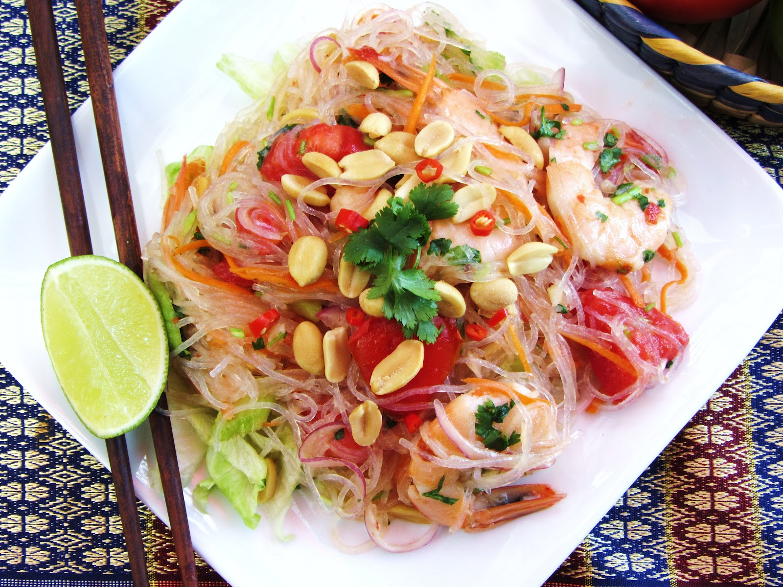 ... simple!: Yum-Woon-Sen Goong /Thai Spicy Glass Noodle Salad with Shrimp