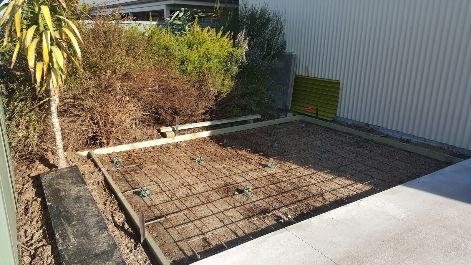 Jannimary in our own back yard part 4 the shed garden for Pouring your own concrete driveway