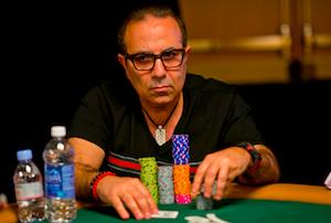 Qi poker player