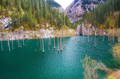 lake kaindy 6%5B2%5D الغابات الغارقة في بحيرة كاندي