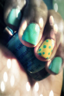 Mint green and yellow with accent nail, mani