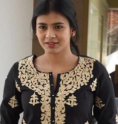 Hebah Patel Cute Pics