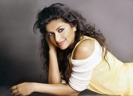 Hot Actress Amala Paul Wiki, Photos Biography and Movies