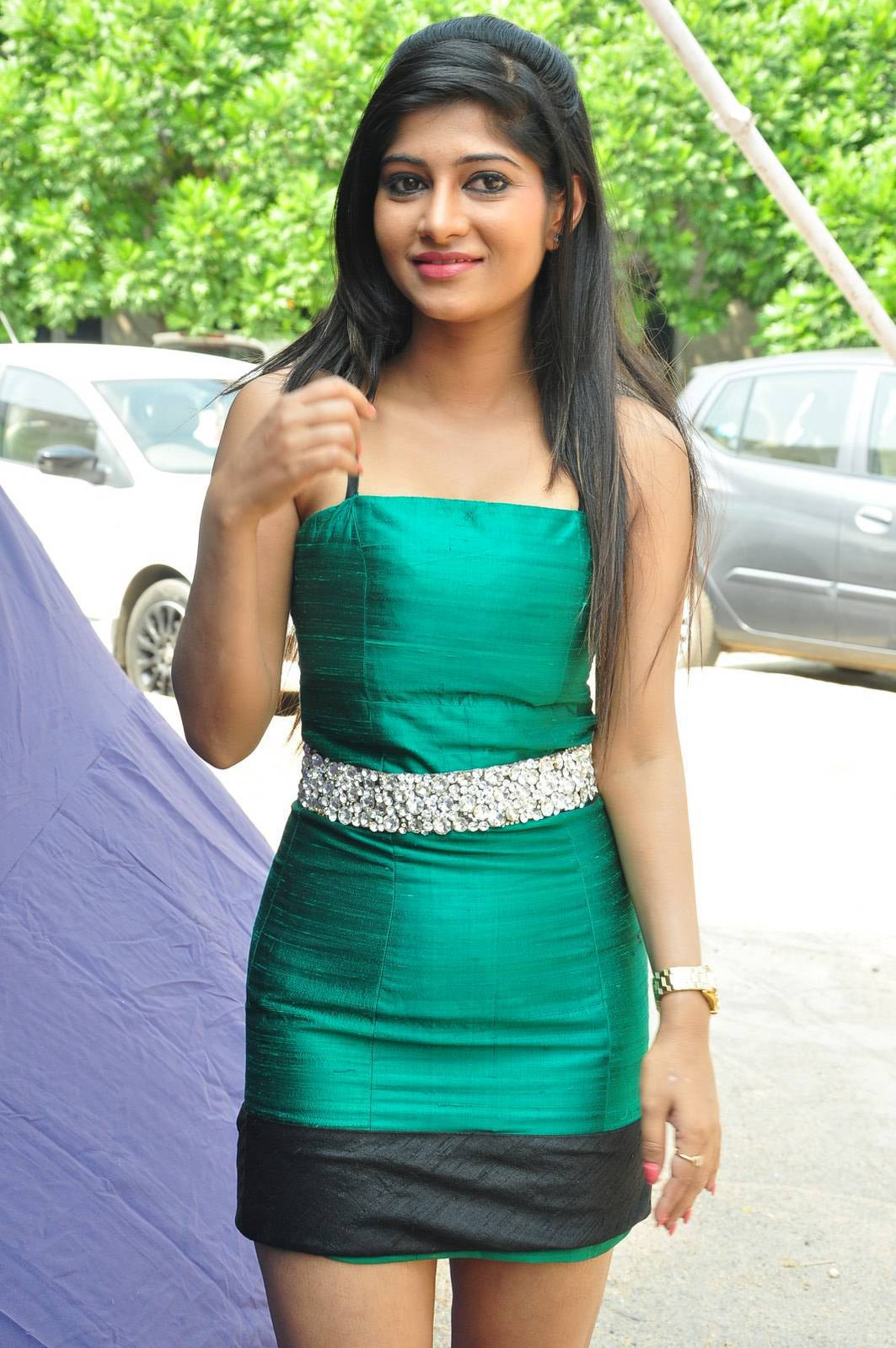 Actress Madhura Latest Cute Hot Green Mini Skirt Dress Spicy Thighs Show Photos Gallery At Raa Rammani Movie Launch
