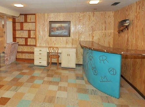 Tumbling Tumbleweeds: In Utah? Got a cowboy rec room? You need this!