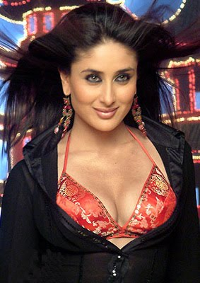kareena kapoor sexy bikini photos 03