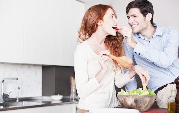 memanjakan suami atau istri