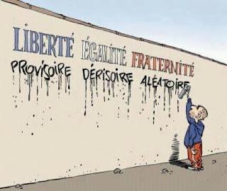 Graffiti liberté égalité fraternité faux