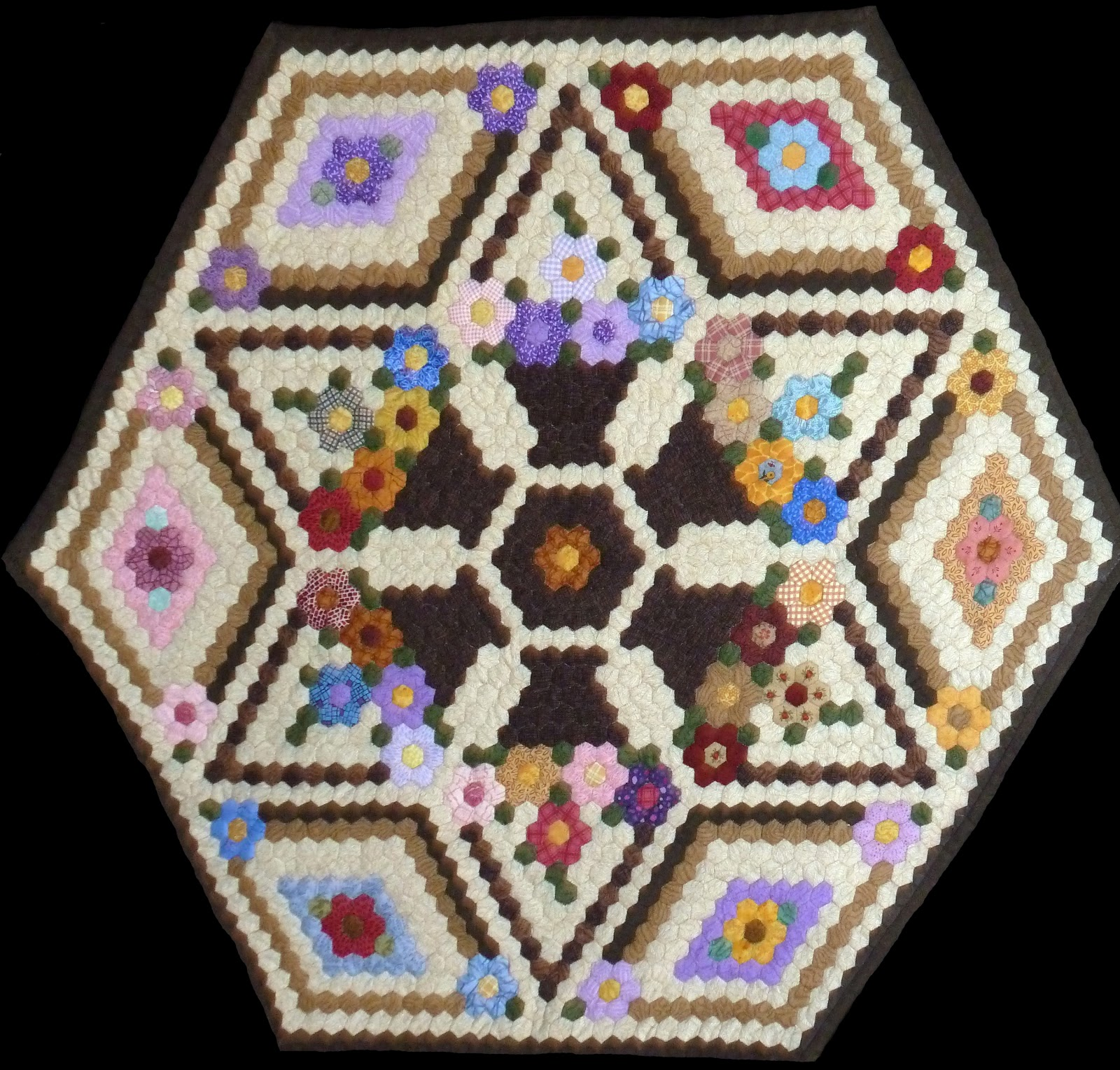 hexagons on Pinterest Hexagon Quilt, English Paper Piecing and Quilts