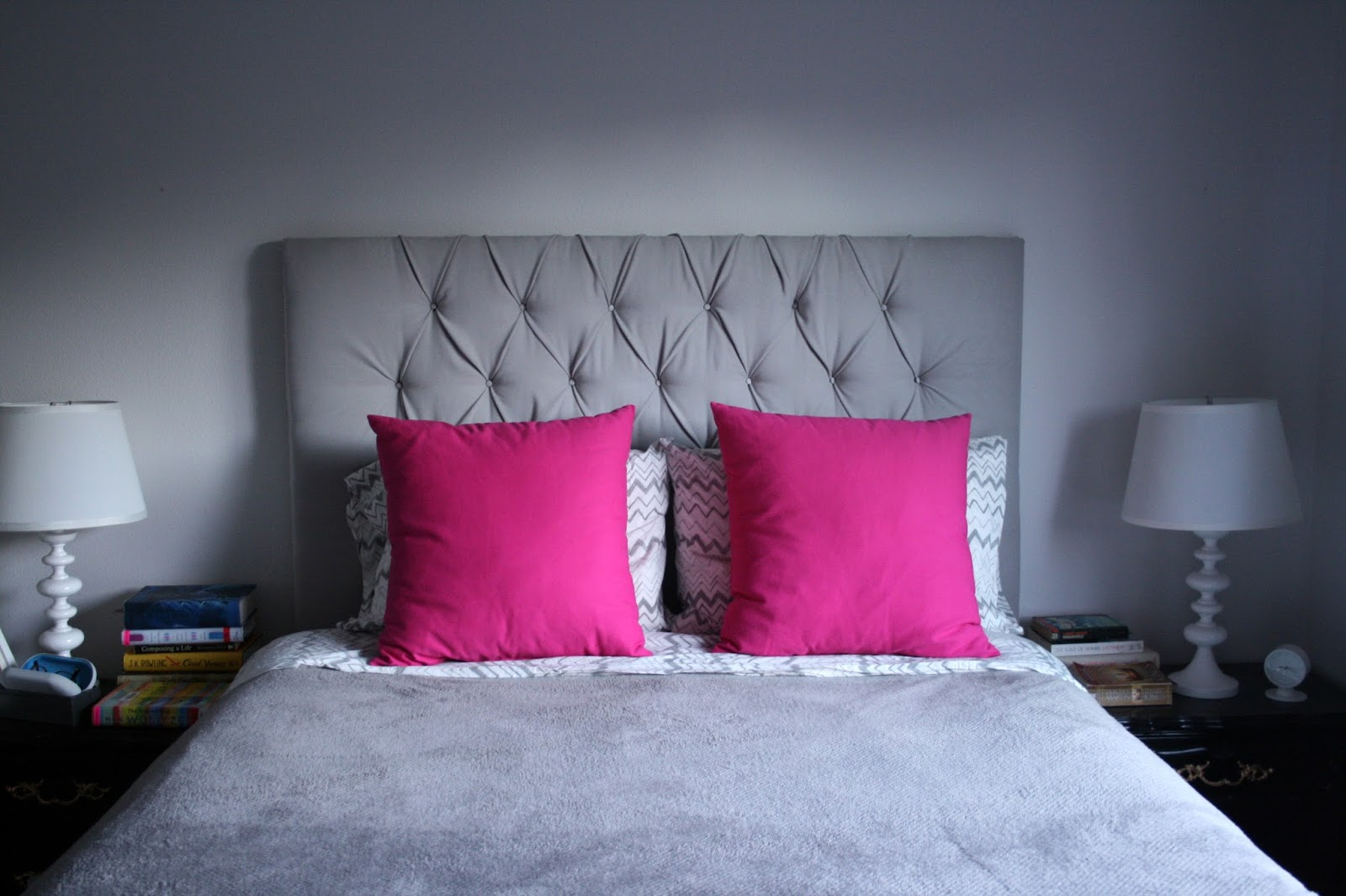 new hot pink bed pillows and a styling dilemma create enjoy. Black Bedroom Furniture Sets. Home Design Ideas