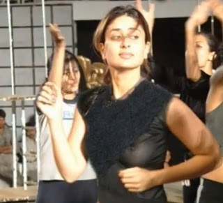 Hot Kareena Kapoor Breast Pics