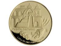 """""""La Arquitectura"""", esta moneda muestra elementos arquitectónicos prehispánicos y coloniales. En la parte inferior se detallan tres monedas españolas y el fruto del cacao."""