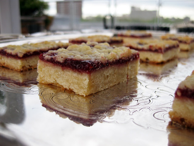 joanne chang's delicious raspberry shortbread cookies