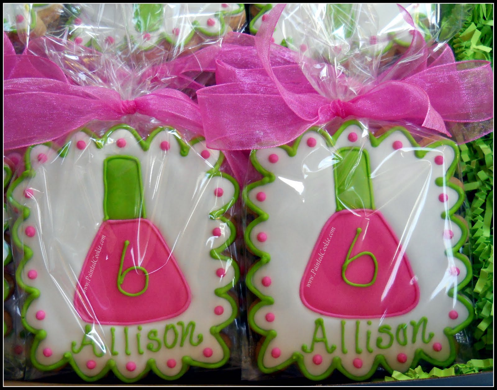The Painted Cookie: Nail Salon Party Favor