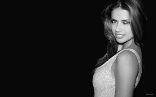 Adriana Lima Latest 2011 Wallpapers 1920x1200