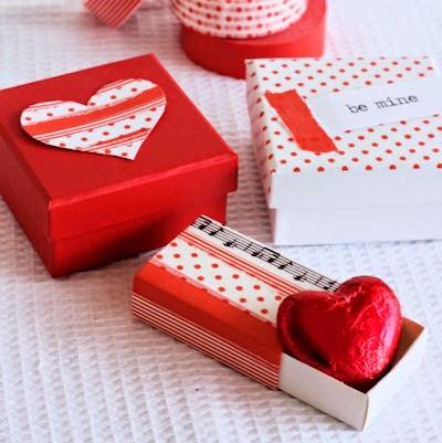 http://2.bp.blogspot.com/-FdToPi9rxx4/U18QGthQcTI/AAAAAAAAv60/y2vGbxOX2xY/s1600/Washi-Boxes-small.jpg
