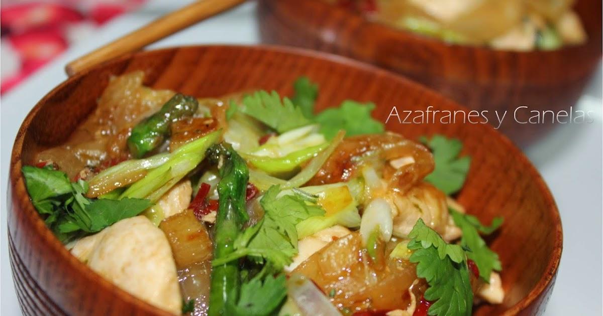 Pollo thai salteado en wok azafranes y canelas for Cocina wok segunda mano
