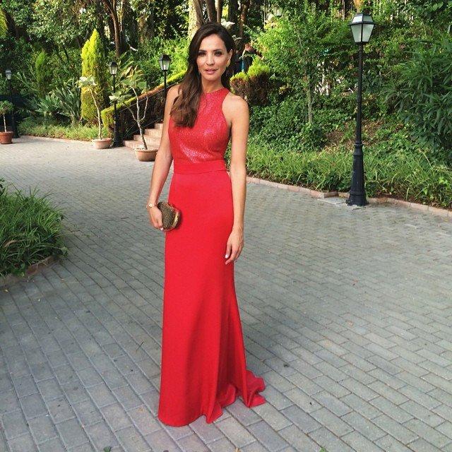 Outfit vestido rojo boda