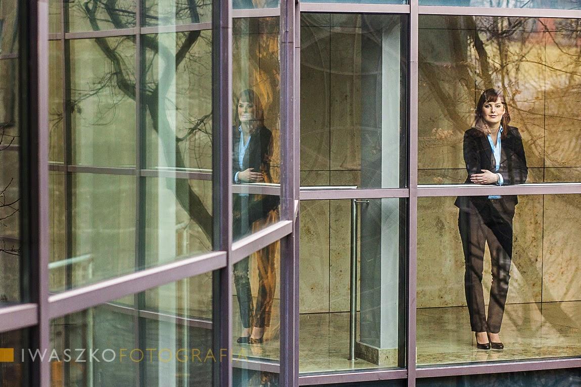 fotografia biznesowa kraków; fotografia korporacyjna kraków; zdjęcia biznesowe kraków; zdjęcia korporacyjne; zdjęcie na ulotkę wyborczą; zdjęcie wyborcze; fotografia wyborcza; portret biznesowy; portret na ulotkę wyborczą kraków; zdjęcie na plakat; zdjęcia dla kancelarii; iwaszko.com.pl; Iwaszko Fotografia; Piotr Iwaszko; mm-kancelaria; kancelaria śląsk; marcelina mikołajek. marcelina mikolajek; radca prawny