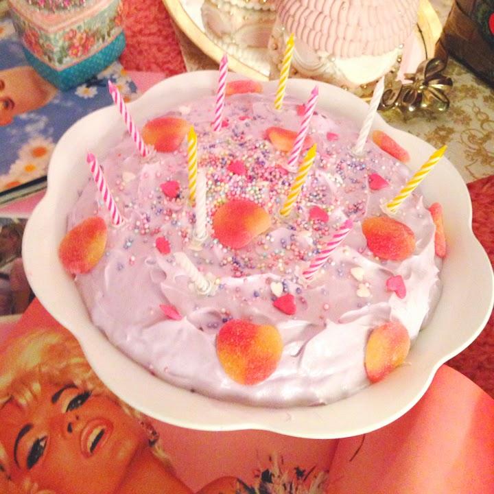 Sweets Artist KUNIKA: cakes (to eat)
