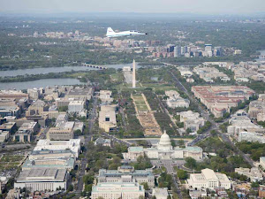 ASTRONAUT TRAINING JET FLIES OVER WASHINGTON