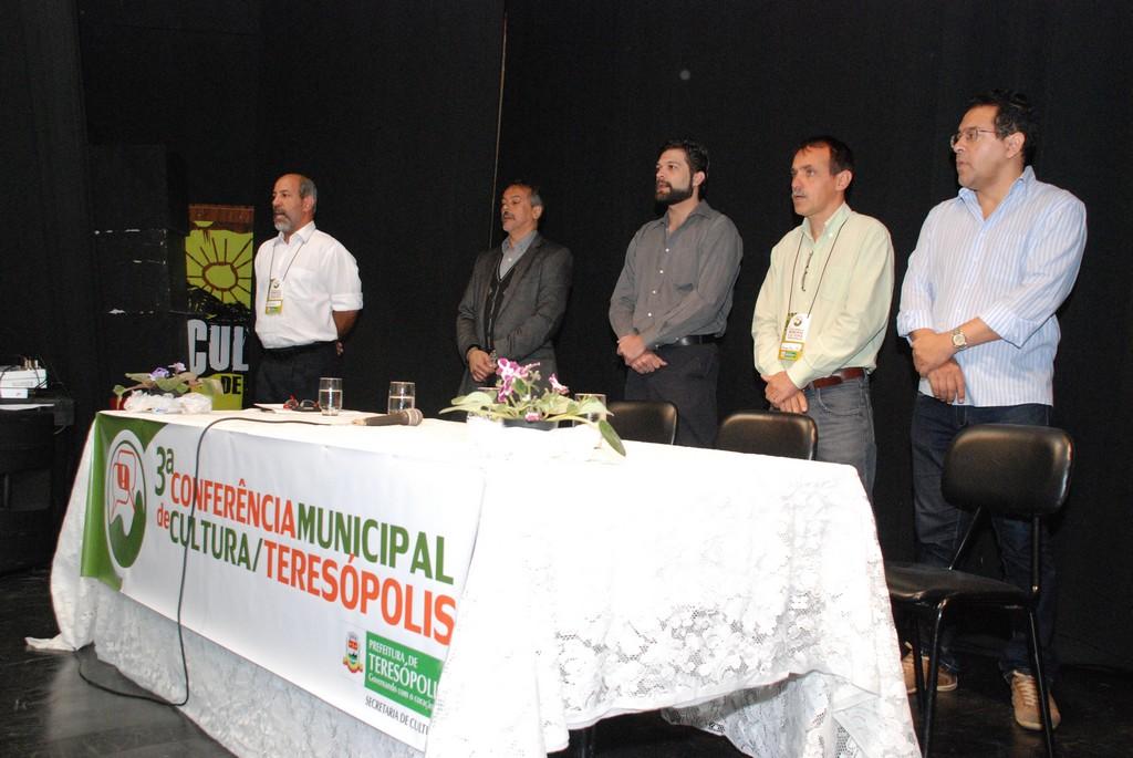Na abertura do evento, Arnaldo Almeida, Henrique Carregal, Alyxandre Gaudenzi, vice-presidente do Conselho de Cultura, Secretário Wanderley Peres e Delmar Cavalcante