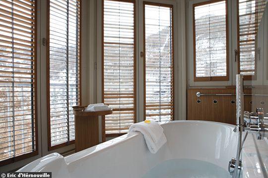 dekoracja okien rolety zas ony rzymskie aluzje okiennice wewn trzne maty bambusowe. Black Bedroom Furniture Sets. Home Design Ideas