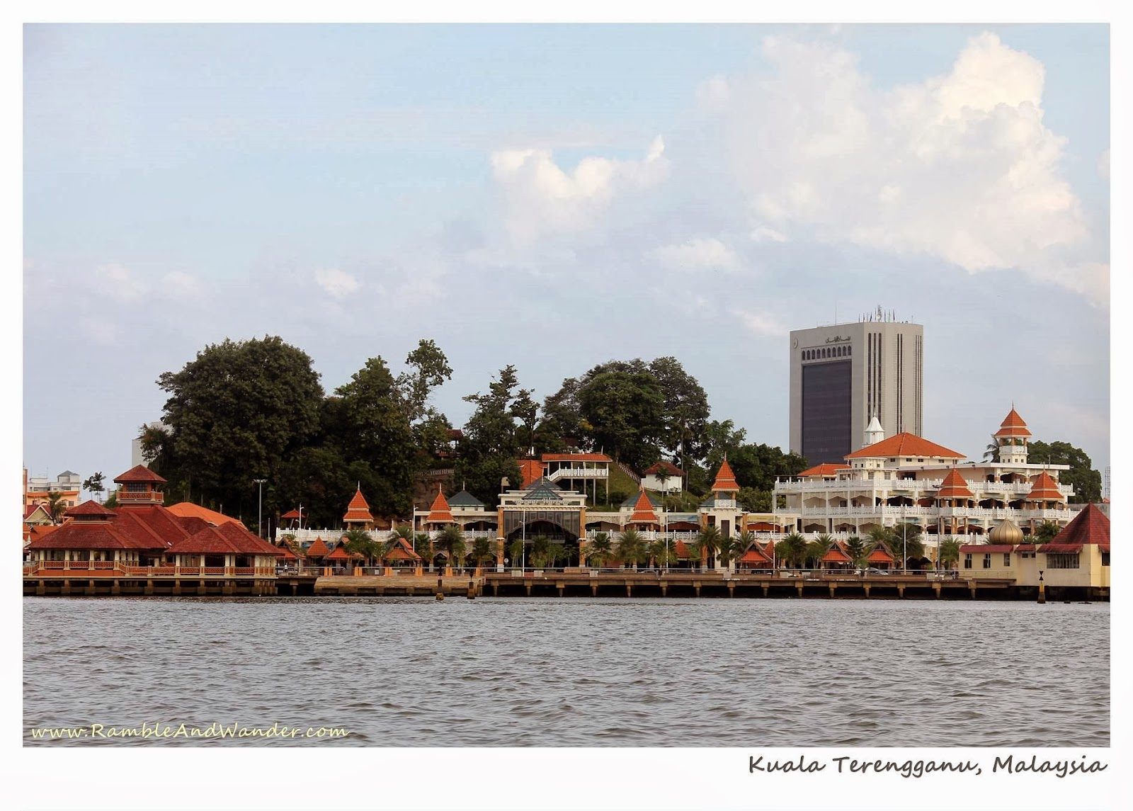 Malaysia: Top Things to Do and See in Kuala Terengganu – Where the Locals Dine