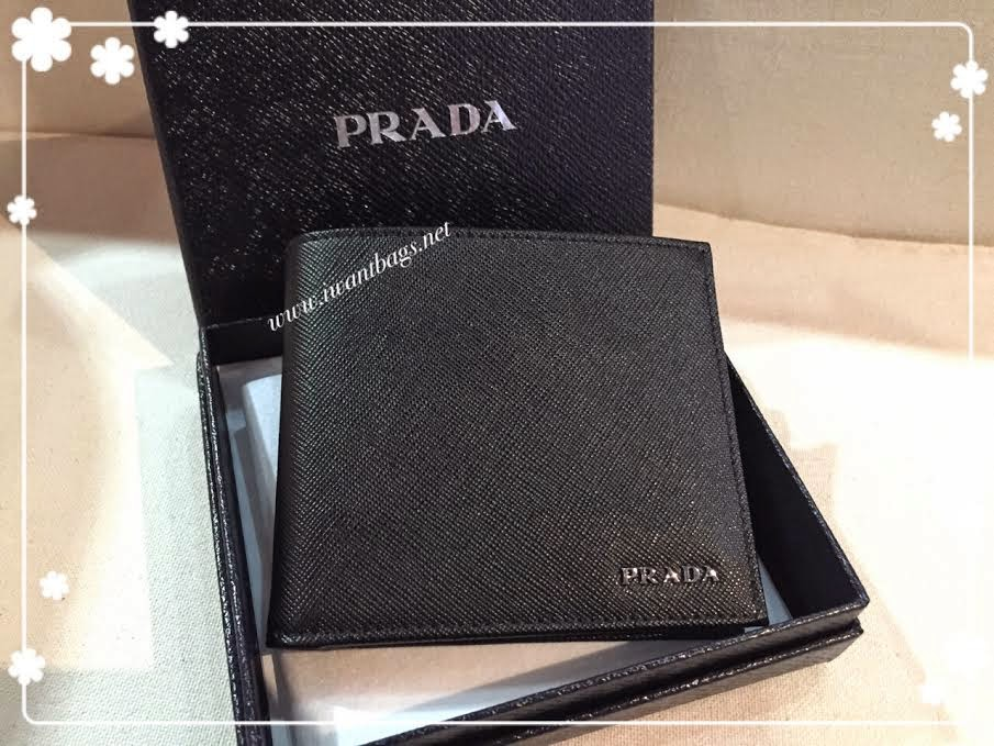 prada saffiano bicolore wallet