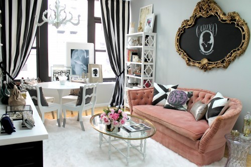 Good Such A Pretty, Girly Space! I Love The Sofa! Itu0027s Got Such A Great Shape  And Lovely Velvet Rose Upholstery.