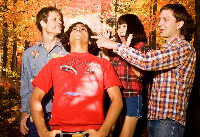 Deerhoof Has Been a Great Example of How Not To Sell Out in The Wake of The Indie Conversion Explosion, This is Fête d'Adieu