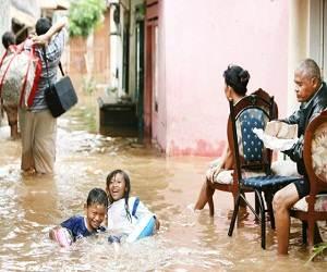 Indonesia_Jakarta_flood_2012_photo