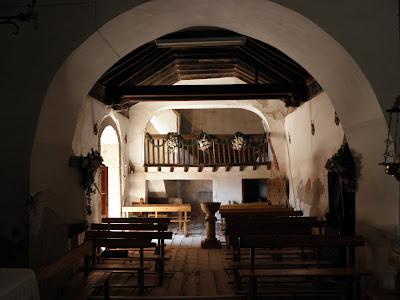 Teroleja - Entrada a la Iglesia
