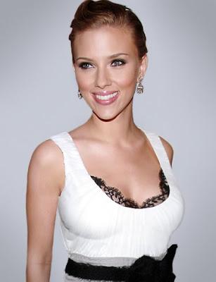 Scarlett Johansson Cute Picture