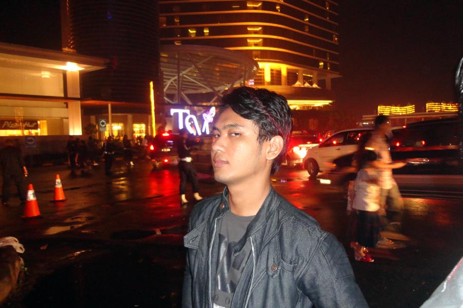 Tahun Baru, Trans Studio, Bandung, Masjid Agung Bandung, Jl Asia Afrika