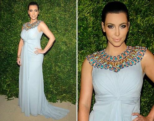 vestido branco com pedras grandes no pescoço - fotos, dicas e modelos