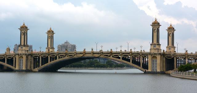 Bridge Putrajaya classic