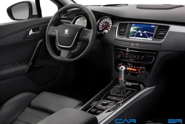 Novo Peugeot 508 2013 - espaço interno
