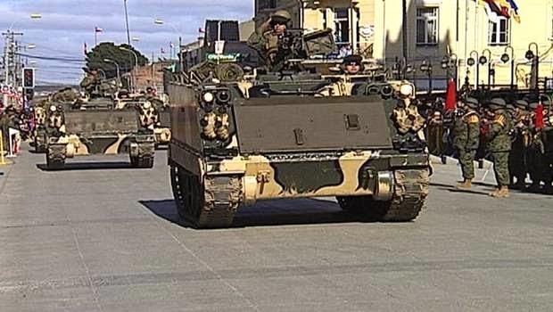 http://www.24horas.cl/regiones/austral/magallanes-militares-chilenos-y-argentinos-en-parada-militar-2014-1421098