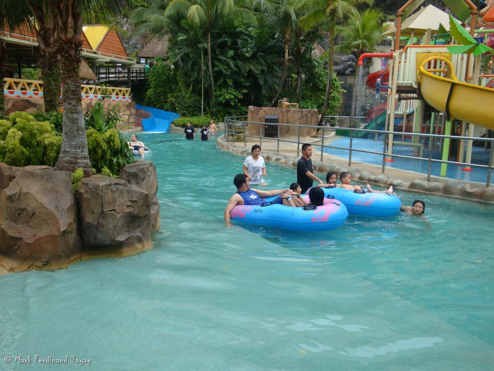 Sunway Lagoon - Swimming Pool Photos