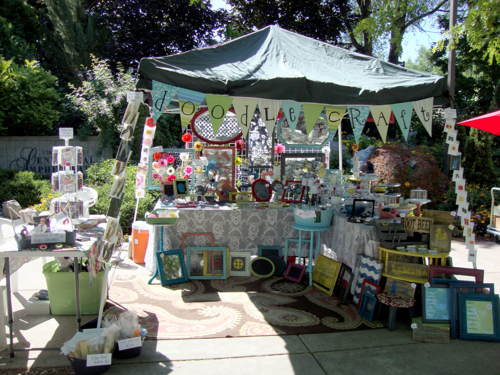 Cute vendor booth setup love the piping used to for Used craft fair tents